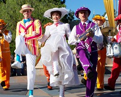 Pearly Band & Mary Poppins (SDG-Pictures) Tags: california fun happy dancing disneyland joy bert happiness southerncalifornia orangecounty anaheim marypoppins enjoyment themepark disneylandresort castleentrance disneythemeparks pearlyband december32007 disneyphotochallenge disneyphotochallengewinner themeparkfun takenbystepheng