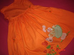 pascoa 2008 com arte (Maria Sica) Tags: dress vestido childrensclothing vestidinho girldress vestidodemenina modainfanti