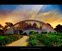 The Green House, Adelaide Botanical Garden (:: Artie | Photography :: Offline for 3 Months) Tags: sky colors garden colours south australia greenhouse adelaide artie