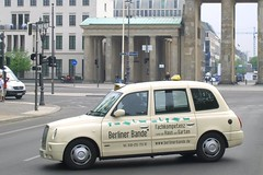 London Taxi (CasketCoach) Tags: berlin london germany cab taxi taxicab tx4
