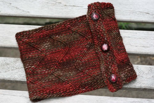 stonechat philly cowl