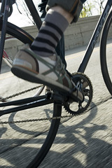 Going Fixed on Lake Shore Drive (Metal Cowboy) Tags: road street shadow chicago man color male sunshine bike bicycle wheel tarmac socks concrete outside person shoe cycling illinois sock shoes unitedstates pavement bikes lakeshoredrive bicycles chain motionblur cycle biking fixedgear khs blacktop roadbike bikeriding chainring bikethedrive crankset