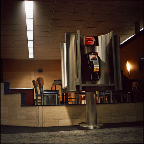 "Waiting at MSP & testing the ""new"" Yashica Mat"