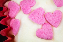 Happy Valentine Cupcake (aronalison) Tags: macro macromondays heart heartmacro cupcake heartcupcake cupcakemacro pink pinkhearts valentines valentinesdaymacro valentineheart stvalentines