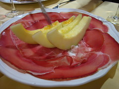 Prosciutto am and melon