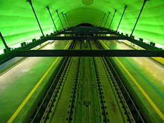 Plataformas (Eli K Hayasaka) Tags: brazil brasil nikon sãopaulo vivid sampa getty gettyimages ipiranga metrô duetos hayasaka aplusphoto artlegacy elikhayasaka thechallengefactory
