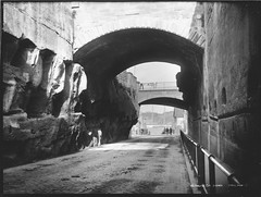 Argyle Cut, Sydney (Powerhouse Museum Collection) Tags: road old bridge bw white black rock blackwhite king flat path sydney bridges rail australia tunnel carving henry archway washing powerhousemuseum oldroad therockssydney xmlns:dc=httppurlorgdcelements11 dc:identifier=httpwwwpowerhousemuseumcomcollectiondatabaseirn30772 commons:event=commonground2009 dc:creator=httpnlagovaunlaparty584520 httpbitlycomsv5m6i