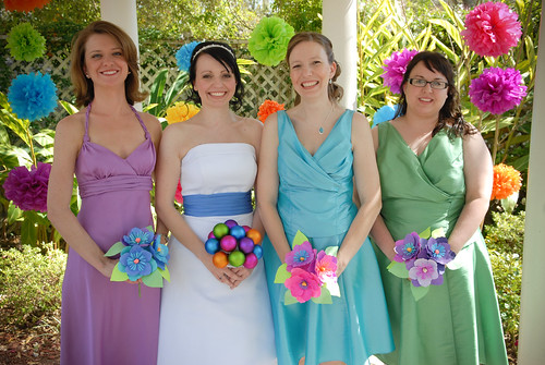 Букет - вторая по значимости вещь для невесты после свадебного платья.