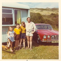 Four fashion icons from the early seventies. (Chris Firth of Wakey.) Tags: dad me anita andrew jaguar xj6 mawganporth