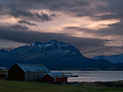 Picture of rural evening scene in Northern Norway