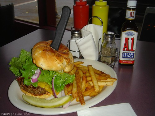Bacon Cheese Hamburger, Belmont's Inn, 3357 Se Belmont St, Portland, OR 97214