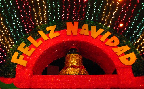 Disneyland - Feliz Navidad on Small World