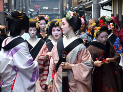 Shigyoshiki (ericlty) Tags: japan kyoto maiko geiko   gion  kotoha   yasuha mamechika abigfave suzuha mameshino shigyoshiki mamehanna