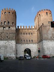 Порта Сан-Себастьяно