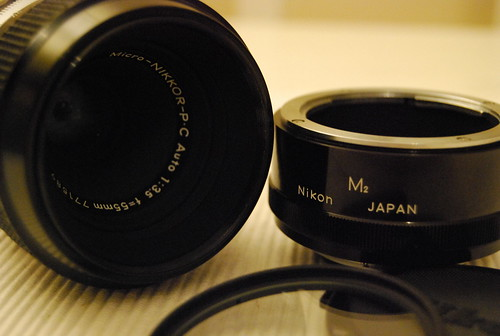 Micro Nikkor Auto P.C 55mm f/3.5 with M2 ring