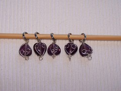 beading,purple beaded stitch markers