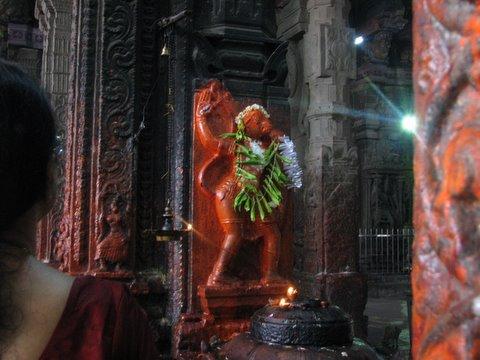 hanuman idol meenakshi temple 260308