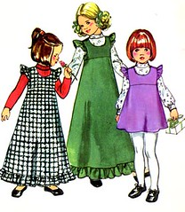S5995Gallery (sandritocat) Tags: girls clothing international commercial 70s 1970s sewingpattern vintagepattern size5 simplicitypattern jumperpattern empirejumper simplicity5995