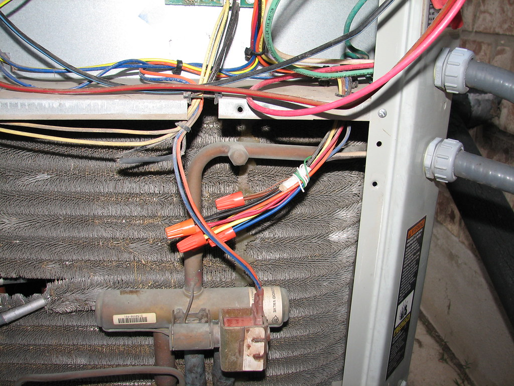 4 Burned Transformers And Counting Community Forums Wiring Diagram Besides Cat 5 Cable On Goodman Http Farm3staticflickrcom 2157 E4ae6e94 B A Picture Of The Secured Ground Wire