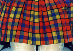 skirt. (German Paley) Tags: photo legs scanner geometry skirt scan fotos scanned pelicula carrete cuadros piernas geometria rollo falda escaneado pollera escaner germanpaley