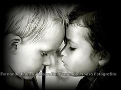 For Love's Tender Moments.... (Fernanda Fronza) Tags: love amor childrens crianas amore liebe peopleschoice feza cmeradeourobrasil goldenphotographeraward theperfectphotographer niosydetalles