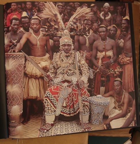 NYIMI KOK MABIINTSH III / King of Kuba / DR Congo