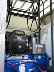 IMG_1639 (Small) (advantagemarketingnovi) Tags: new mi carpet marketing blueline michigan machine super cleaning install overhead reel advantage novi extractor 48377 truckmount