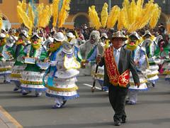 Fiesta (dachalan) Tags: music peru southamerica fiesta lima band unescoworldheritagesite unesco worldheritagesite marchingband plazadearmas nikoncoolpixp1 dachalan photofaceoffwinner pfogold peruvianimages