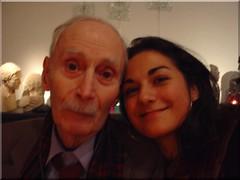 El general (R) Sergio Poblete Garcés junto a su nieta Beatriz,Bélgica,año nuevo 2008.