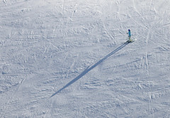 On the ski piste (Aerial Photography) Tags: winter shadow people snow sport by germany bavaria skiing traces aerial leisure mb obb mangfallgebirge bayrischzelllkrmiesbach