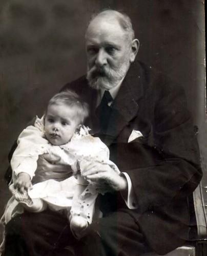 Camilo José Cela e o seu avó