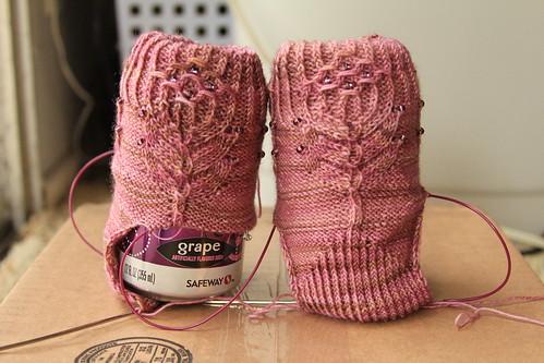 Artichoke socks: wip