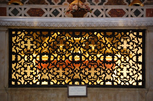 Basilica of Santa Croce details
