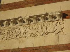 IMG_3349 (bluefootedbooby) Tags: italy italia verona duomo scultura fregio bassorilievo