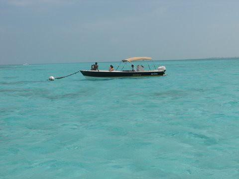 ocean boat belize caribbean cayecaulker