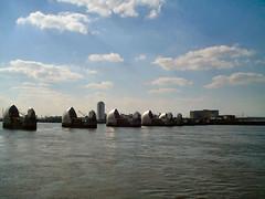 Thames 2001 #1