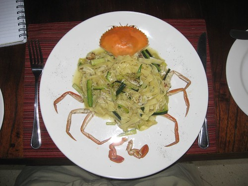 Fettucine with crab in white wine sauce
