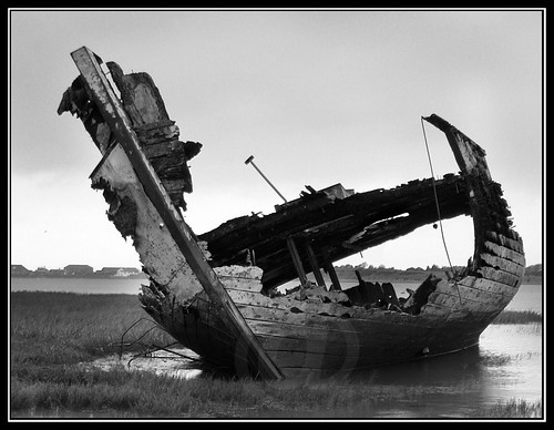 obama money save ship ship maxisim-socialisim sinking gm chrysler owns