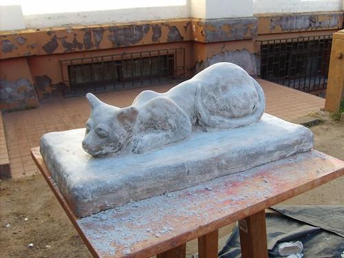 Escultura de gato de natalia