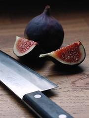 kniv med goda fikon