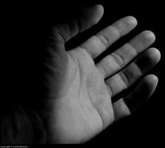 Dammi le tue mani (CarloAlessioCozzolino) Tags: poetry hand mano poesia photografy welltaken aldamerini apotropaico excellentphotographerawards theperfectphotographer obliquamente dammiletuemani