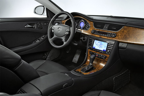Mercedes Benz CLS 63 AMG - interior