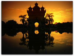 Sunset at Patuxay Victory Monument  | Vientiane | Laos (I Prahin | www.southeastasia-images.com) Tags: travel tourism monument beautiful architecture champselysees design asia southeastasia arch buddhist tourist laos arcdetriomphe mekong vientiane laotian patuxay patuxai victorygate patousai anousavary landofamillionelephants artofimages patuxayvictorymonument bestcapturesaoi patusai langxangavenue