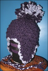 Oversized pompom hat - side view