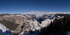 Winter Panorama, Dewey Point, Yosemite (Tyler Westcott) Tags: winter panorama mountains forest snowshoe hiking hike sierra valley halfdome yosemitenationalpark elcapitan vistapoint cloudsrest sentineldome cathedralrocks sentinelrock deweypoint nikond40