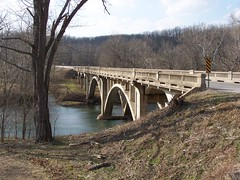 Bennett Springs State Park (Adventurer Dustin Holmes) Tags: statepark bridge river puente bridges ponte mo missouri rivers pont brug brücke ozarks niangua 橋 stateparks bennettsprings dallascounty ponticello nianguariver bennettspring мост highway64 hwy64 γέφυρα 교량 dallasco theniangua stateroad64 staterd64