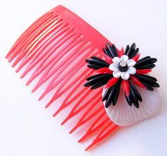 Red, Black and White Vintage Flowers Hair Comb / Barrette