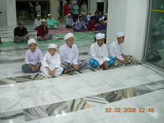 Some of the Tahafidz kids again (MindSpring) Tags: mosque masjid maalhijrah almuhtadin