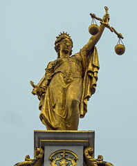 Scales of Justice Figure (Cropped)  Building Bruges - Old Town (Olympus OMD EM5II & M.Zuiko 12-100mm F4 Pro Zoom) (1 of 1) (markdbaynham) Tags: bruges belgium brugge bruggen city old town historic famous flanders flemiush metropolis urban oly olympus omd em5 em5ii csc mirrorless evil mft m43 m43rd micro43 micro43rd mzd zd mz zuikolic mzuiko 12100mm f4 pro travelzoom building structure detail stonework carvingop