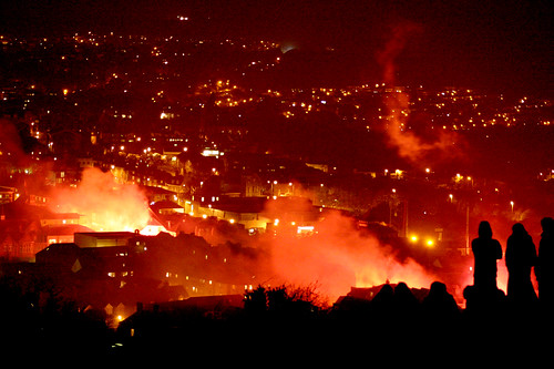 Lewes Bonfire Night 2007 - Burning Town and Hillside Watchers